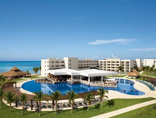 Overview of Secrets Silversands Riviera Cancun