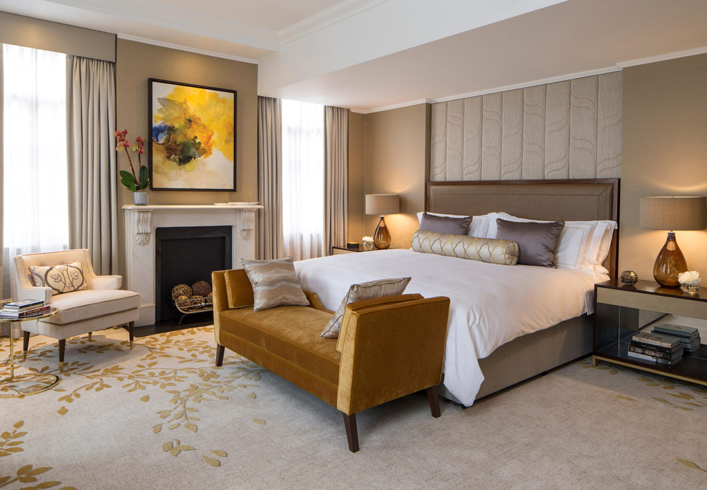 Guest Room at JW Marriott Grosvenor House, London, United Kingdom