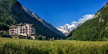 Bellevue Hotel & Spa Cogne, Italy