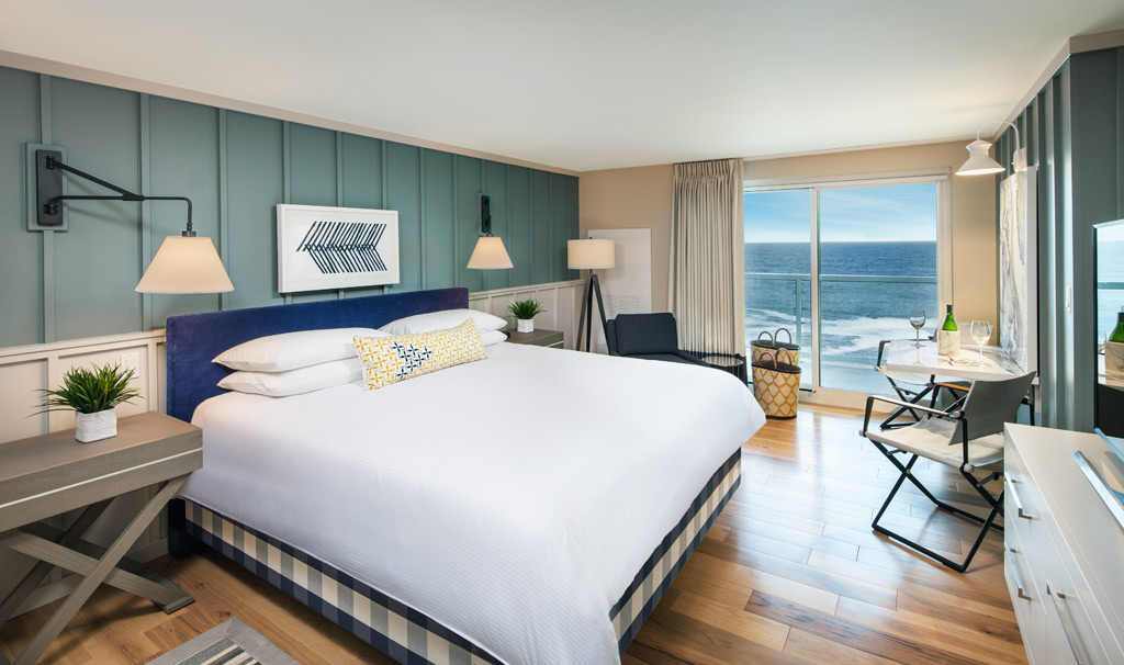 Ocean Front King Guest Room at Cliff House Maine, Cape Neddick, ME