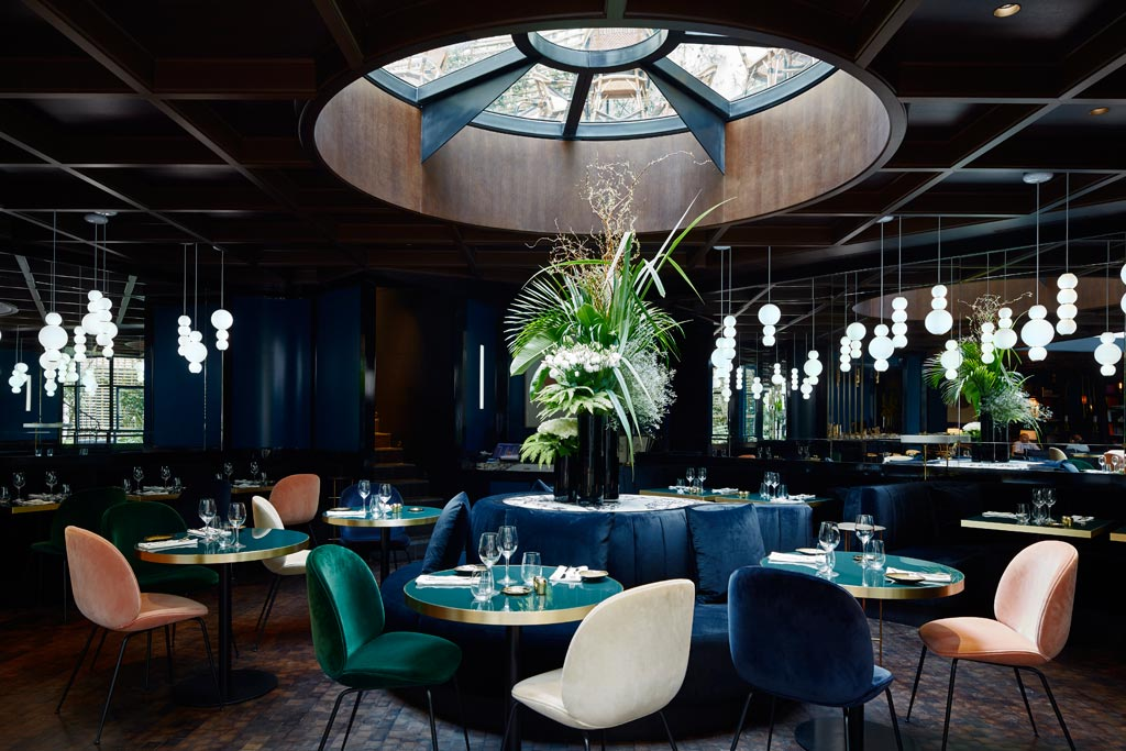 Dining at Le Roch Hotel & Spa