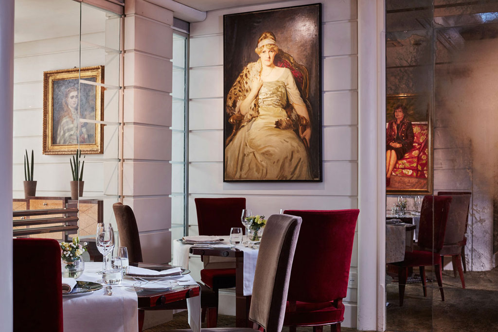 Dine at Lord Byron, Rome, Italy