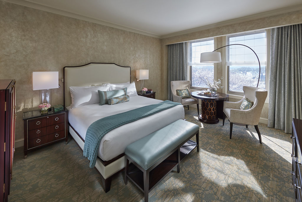 Club Water King Guest Room at Mandarin Oriental Washington, DC, United States