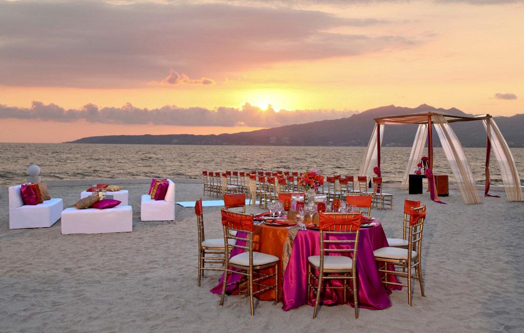Beach Lounge at Dreams Villamagna Nuevo Vallarta, Nuevo Vallarta, Mexico