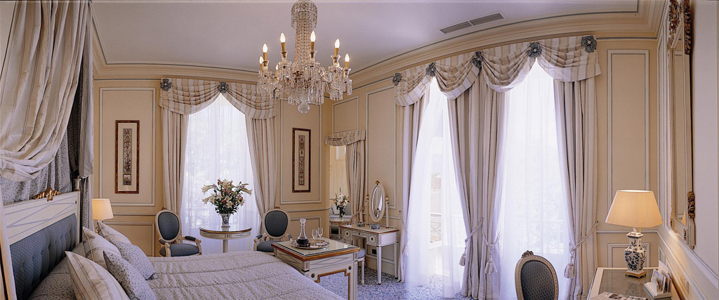 Guest Room at Olissippo Lapa Palace
