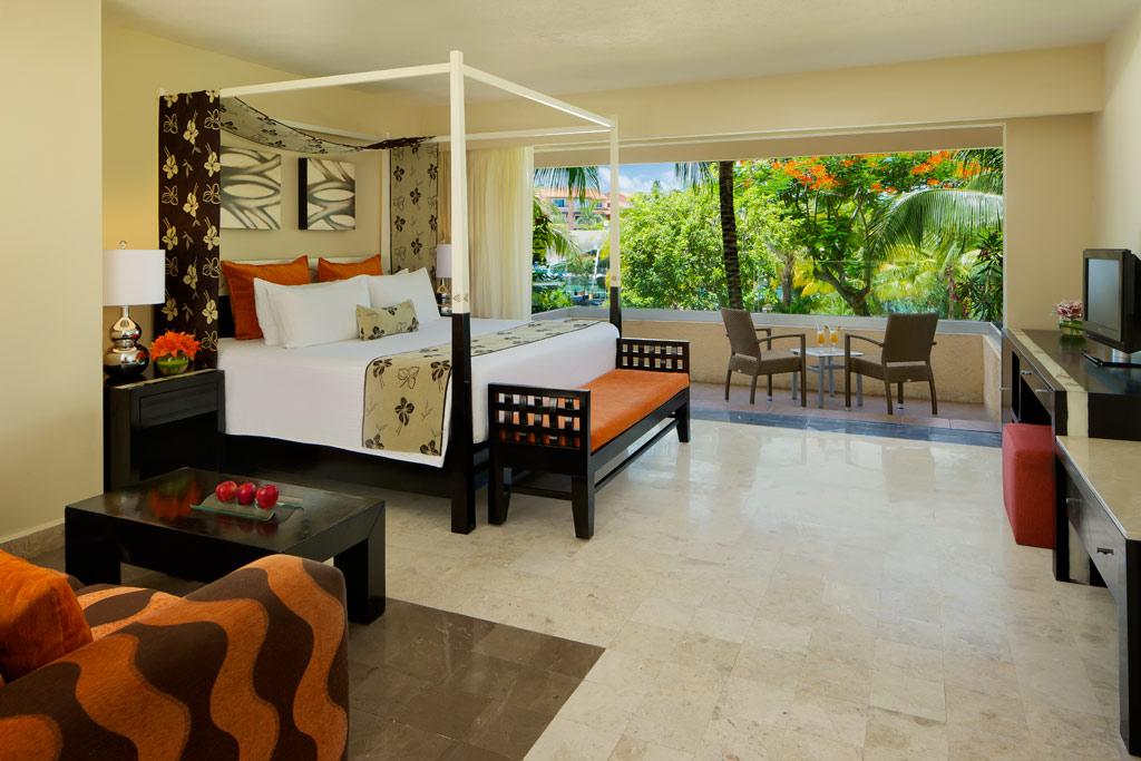 Garden View King Guest Room at Dreams Puerto Aventuras, Puerto Aventuras, Mexico