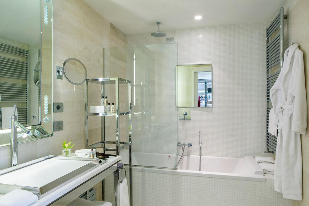 Guest Bath at Palazzina G, Venice, Italy