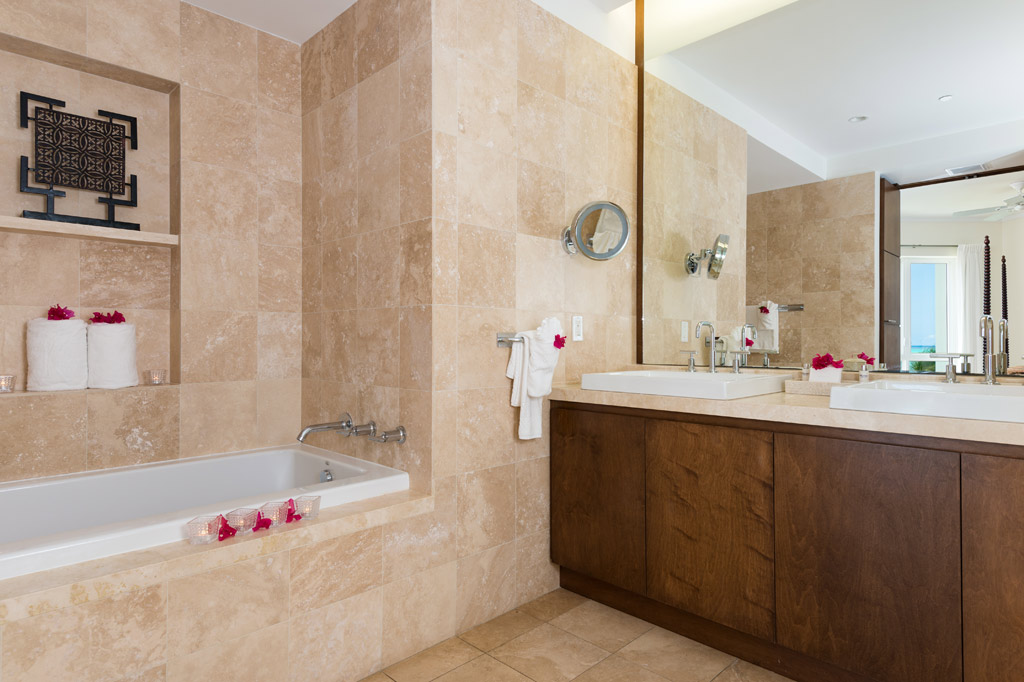 Ocean Front One Bedroom Suite Bath at The West Bay Club, Providenciales, Turks & Caicos Islands