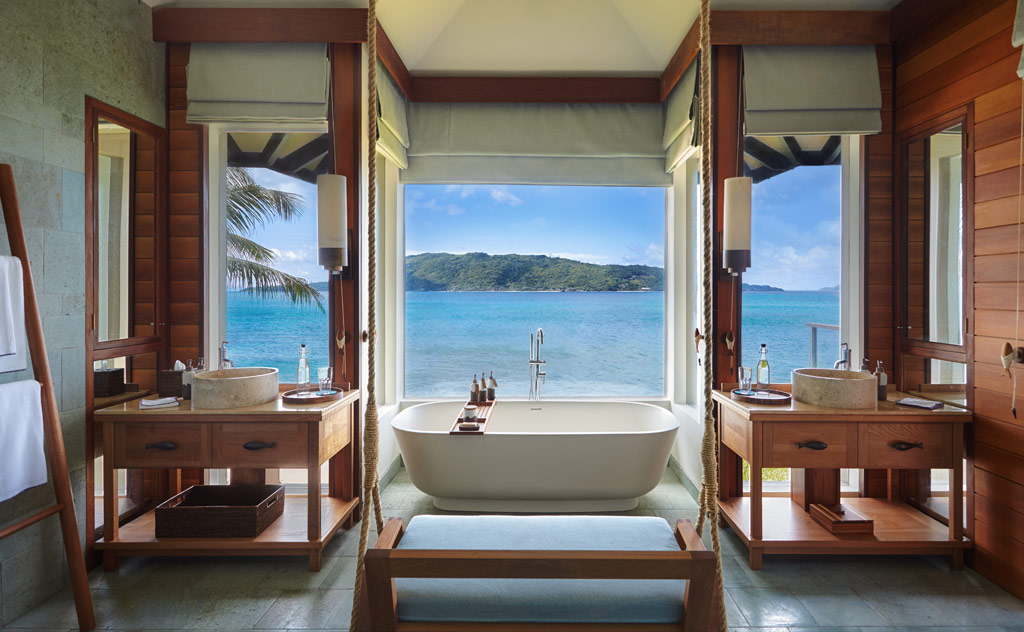 Bathtub view at Six Senses Zil Pasyon