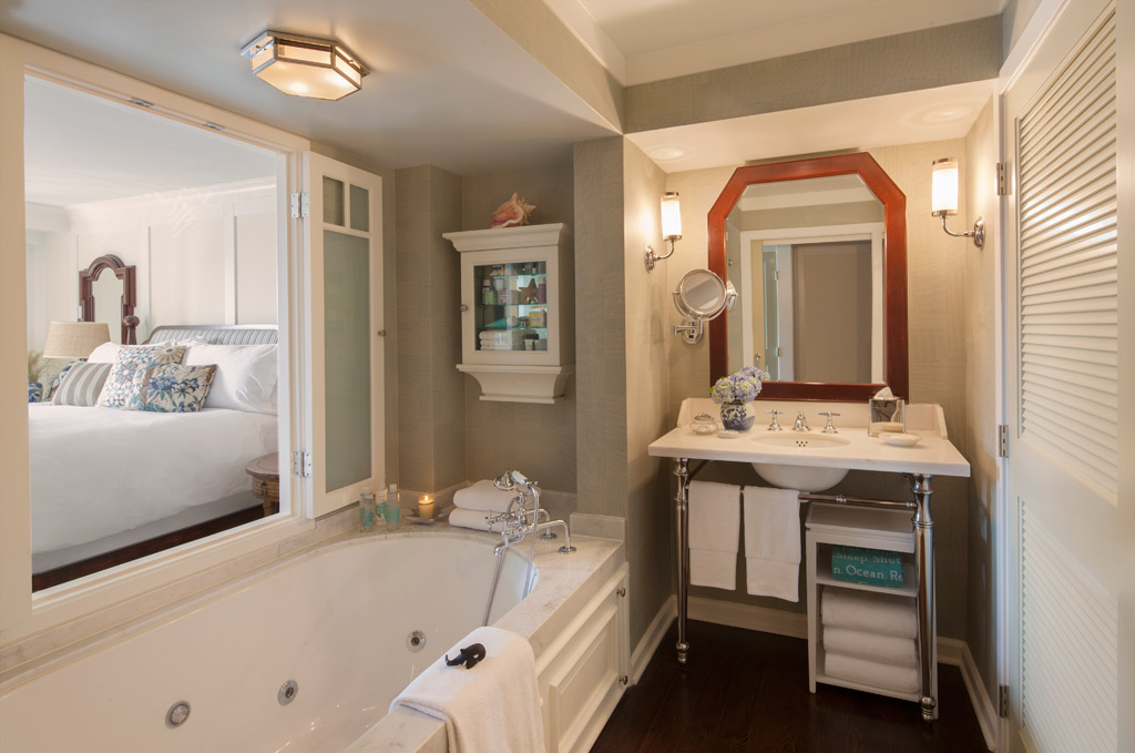 Guest Bath at Shutters On The Beach, Santa Monica, CA