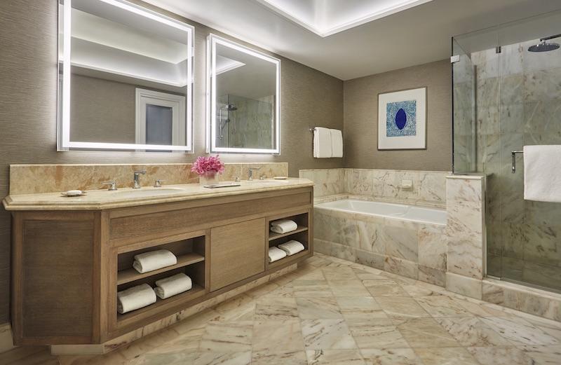 Four Seasons Maui at Wailea Guest Bathroom