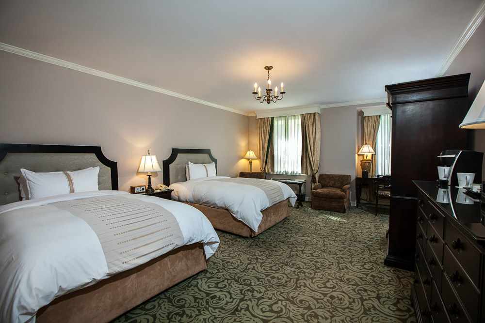 Deluxe double room at Castle Hotel and Spa, Tarrytown, NY
