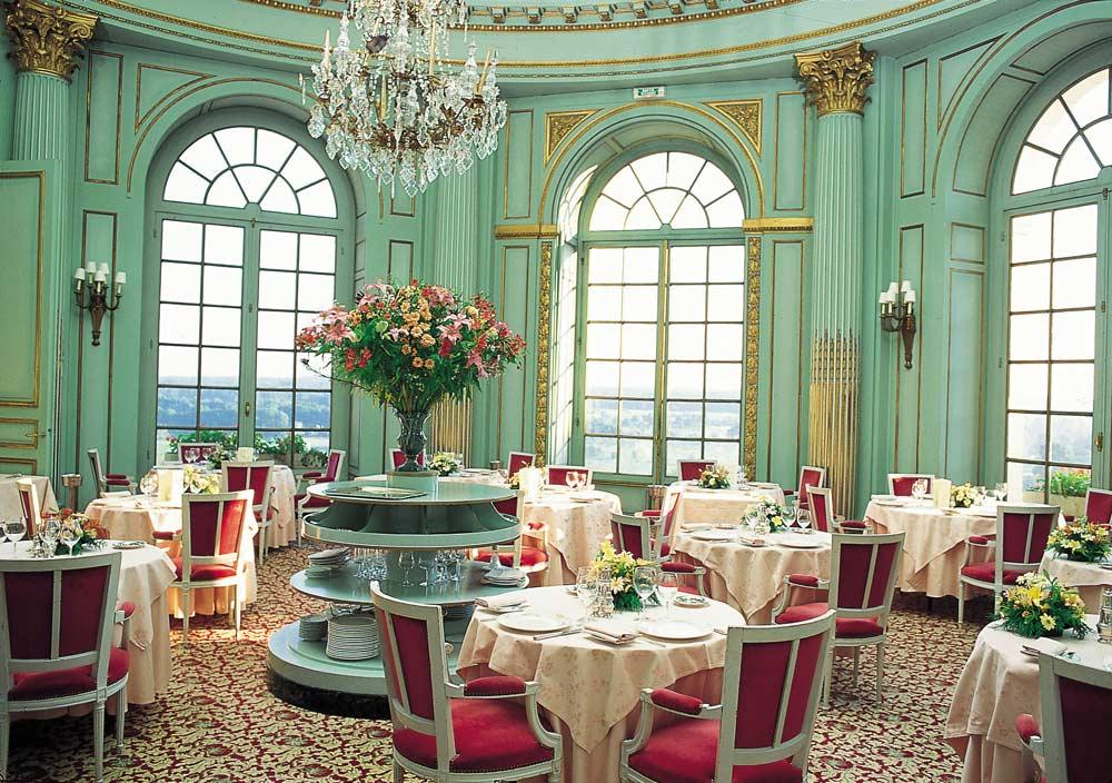 Chateau D Artigny dining venueMontbazonFrance