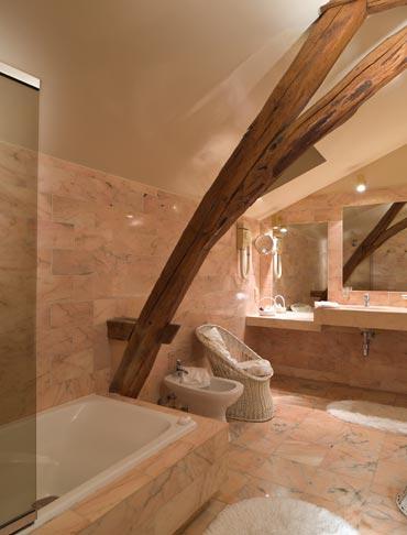 Domaine Des Hauts De Loire Bathroom