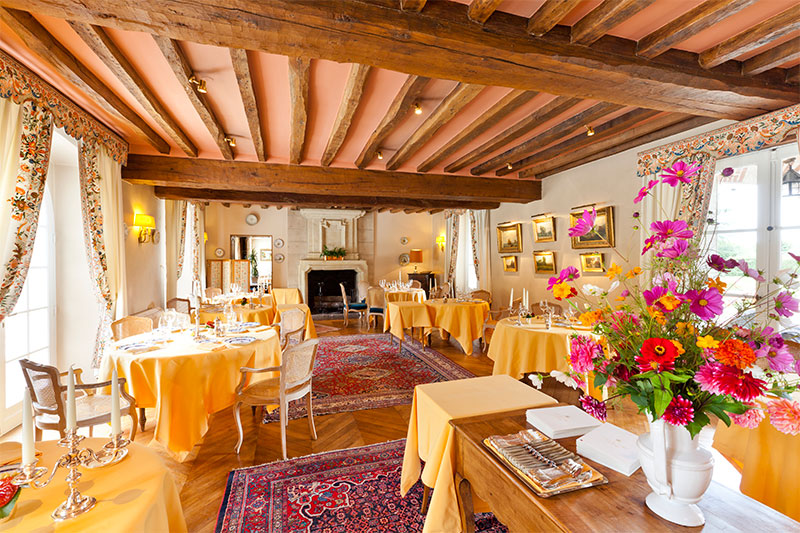 Domaine Des Hauts De Loire Dining Room