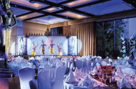 Royal Thai Theme Party