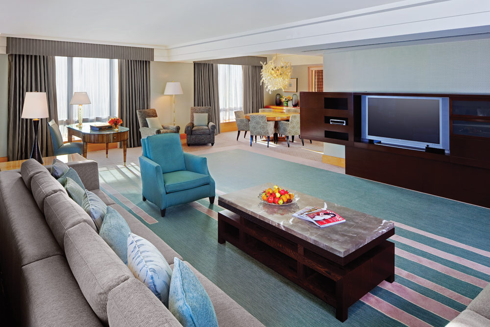 Specialty One Bedroom Suite with Family Room at Four Seasons San Francisco