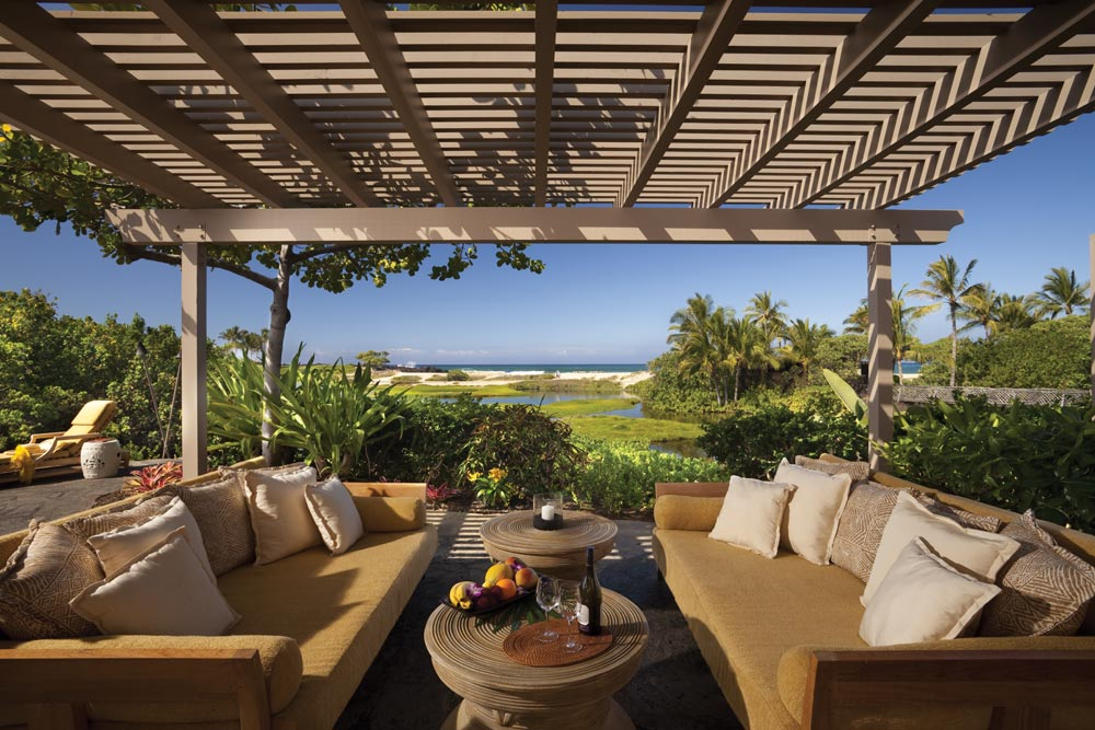 Terrace lounge at Four Seasons Hualalai KonaHawaiiUnited States