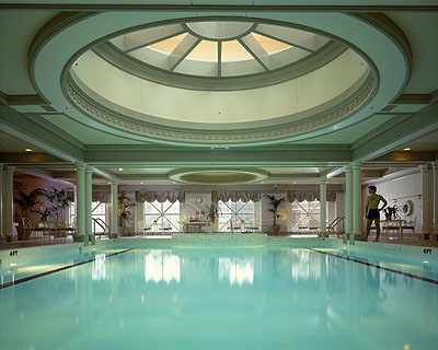 The Four Seasons Chicago Pool