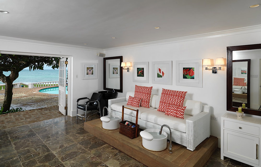 Family Room at Round Hill Hotel And Villas Montego Bay, Jamaica