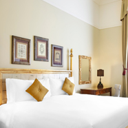 Deluxe King Guestroom at San Clemente PalaceItaly