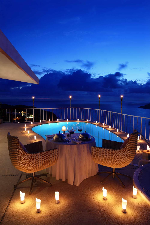 Romantic Dining Setup at Las Brisas Acapulco HotelMexico