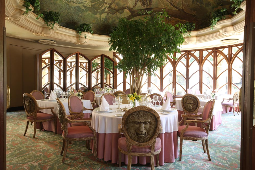 Dining Room at The Palace of the Lost CitySouth Africa
