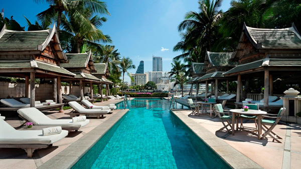 Set amidst stunning views over the Chao Phraya River, watch the world go by at The Pool as you recline on one of the luxurious sun loungers or seek shade in the comfort of one of 12 traditional Thai salas with your favourite cocktail and a light snack from the pool bar.
