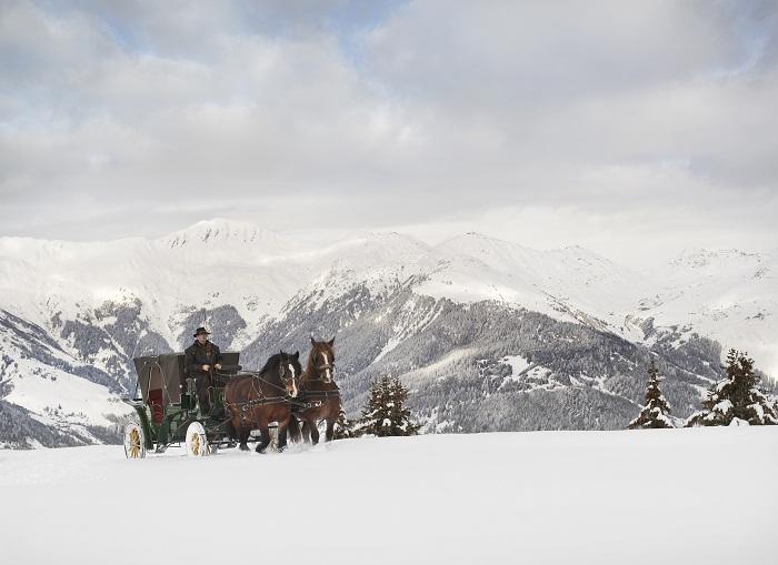 Hotel De Charme Les Airelles Hermes Horse Carriage