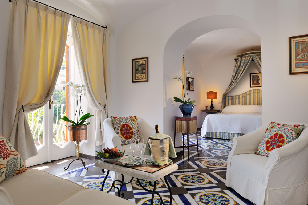 Lounge of Guest Room Number 22 at Le SirenusePositanoItaly