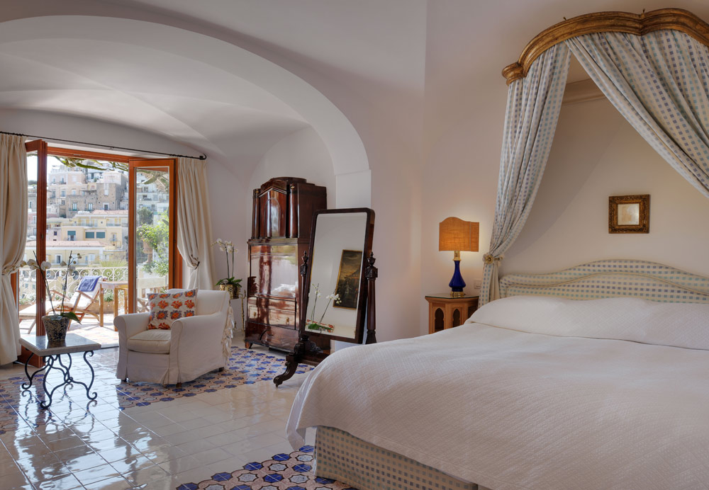 Guest Room Number 62m at Le SirenusePositanoItaly