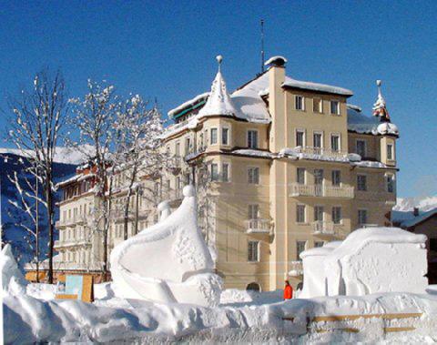 Grand Regina Alpin Wellfit Hotel Exterior