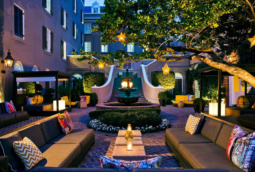 Courtyard at the W New Orleans French Quarter