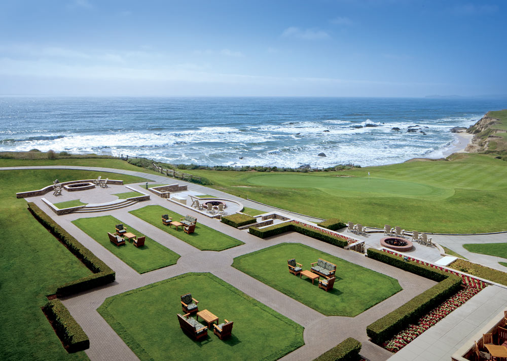 Lounge at Ritz Carlton Half Moon Bay