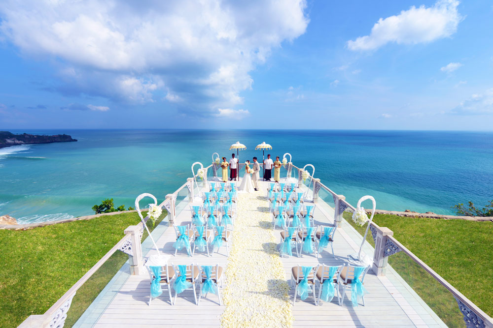 Destination weddings just got better with the opening of SKYa breathtaking new cliff-top open-air wedding venue at AYANA Resort and Spa. Floating 115 feet above the Indian OceanSKY offers spectacular 180-degree oceansunset and mountain viewsand maximum privacy for this most romantic of days
