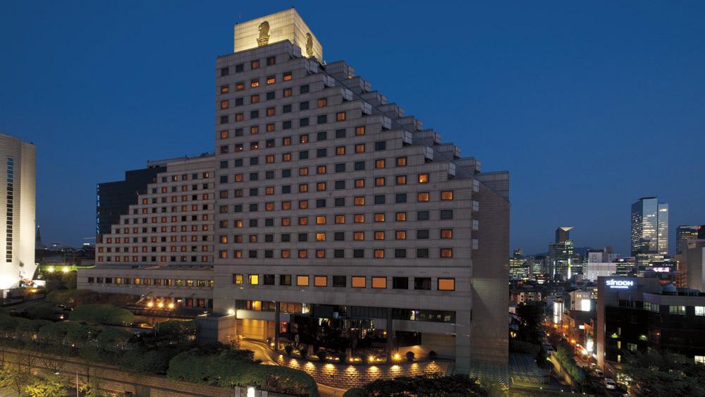 Exterior of Ritz Carlton Seoul