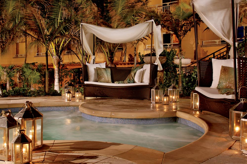 Jacuzzi at Eau Palm Beach, Manalapan, Florida