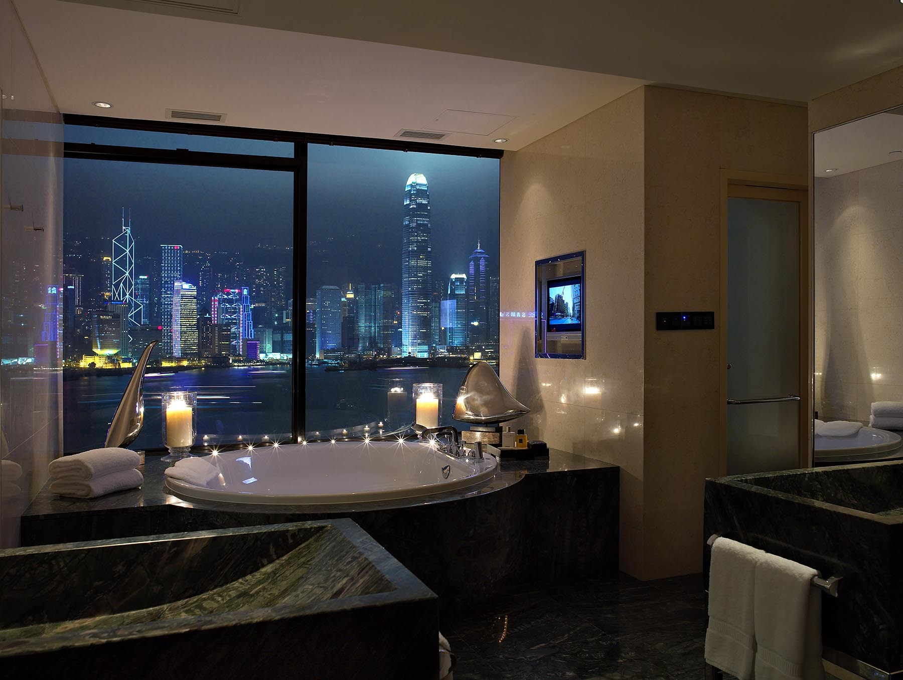 InterContinental Hong Kong Presidential Suite Bathroom