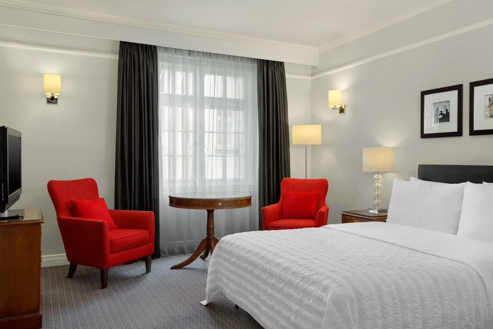 Guestroom at Le Meridien PiccadillyLondon
