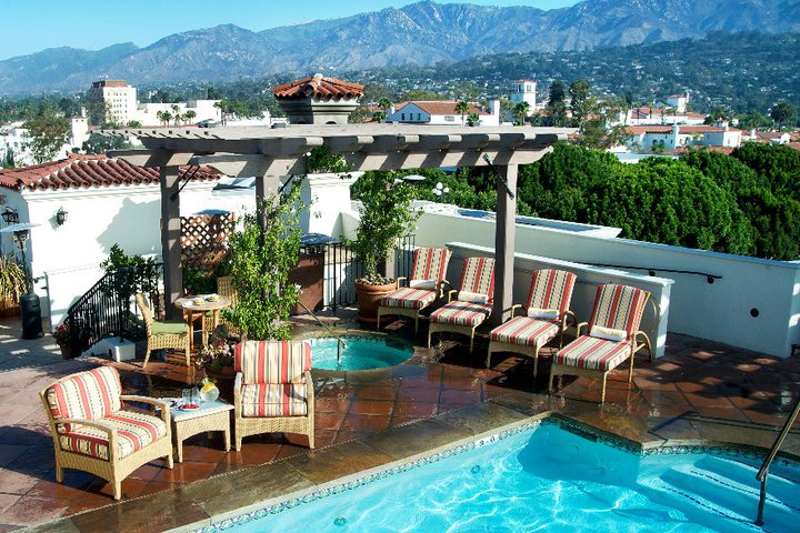 Canary Hotel Rooftop Pool