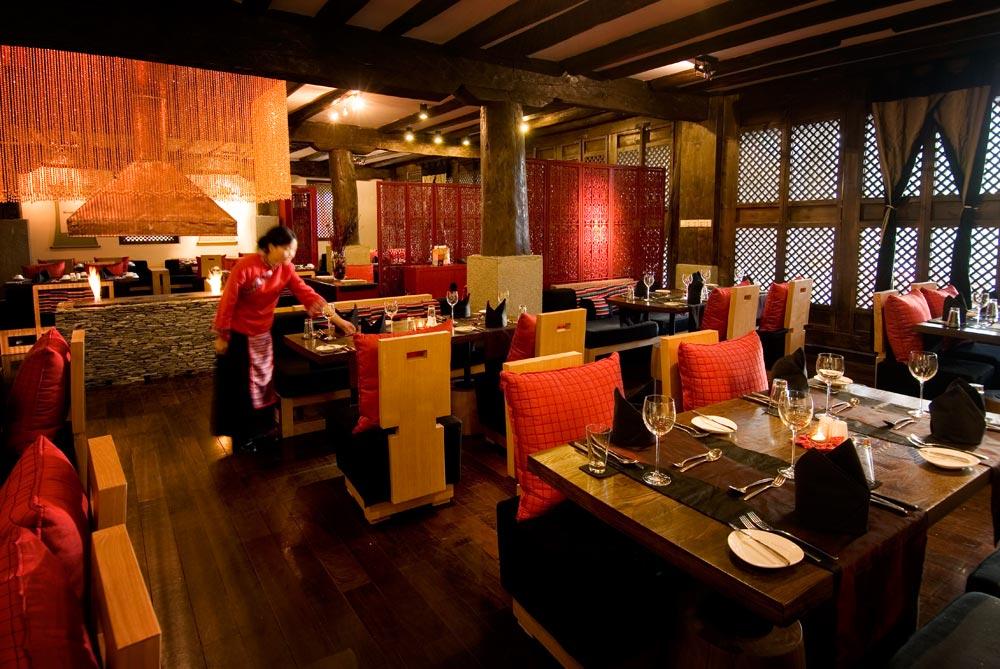 Llamo Restaurant at Banyan Tree Ringha