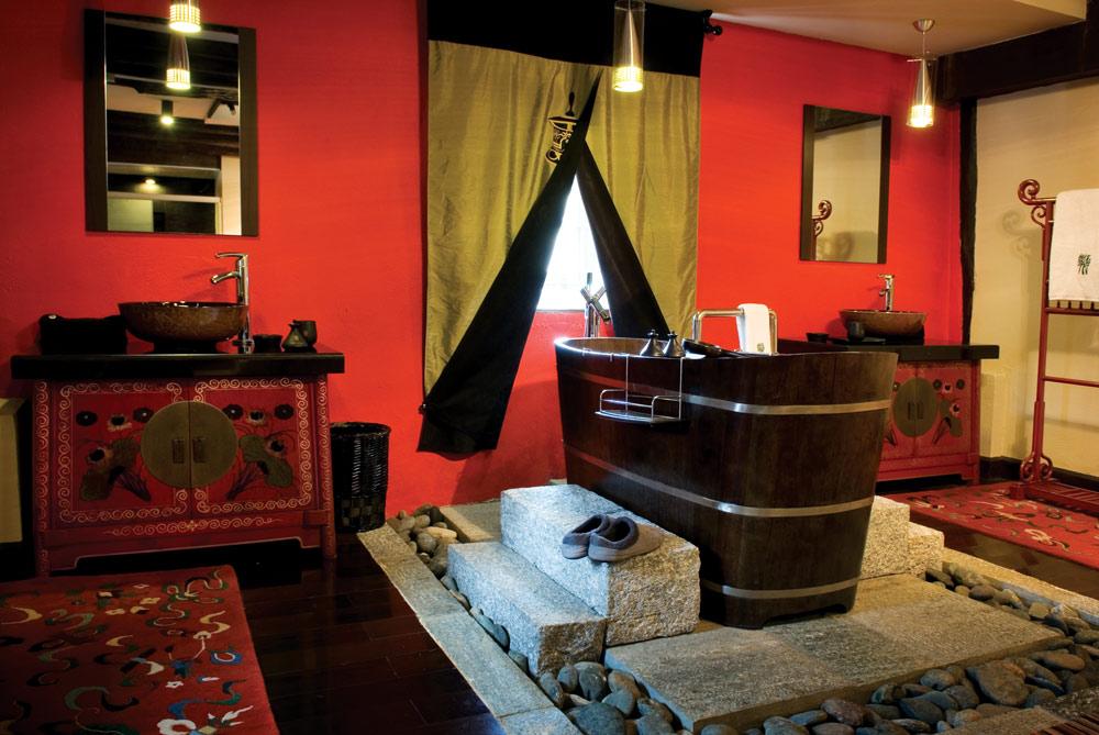 Tibetan Suite Bathroom at Banyan Tree Ringha