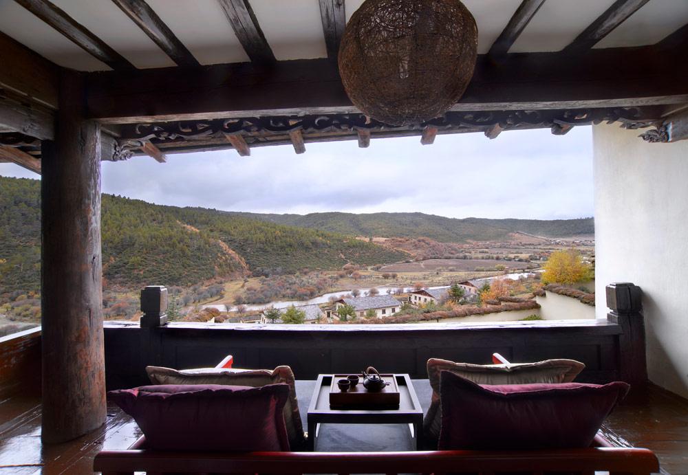 Tibetan Lodge River View at Banyan Tree Ringha