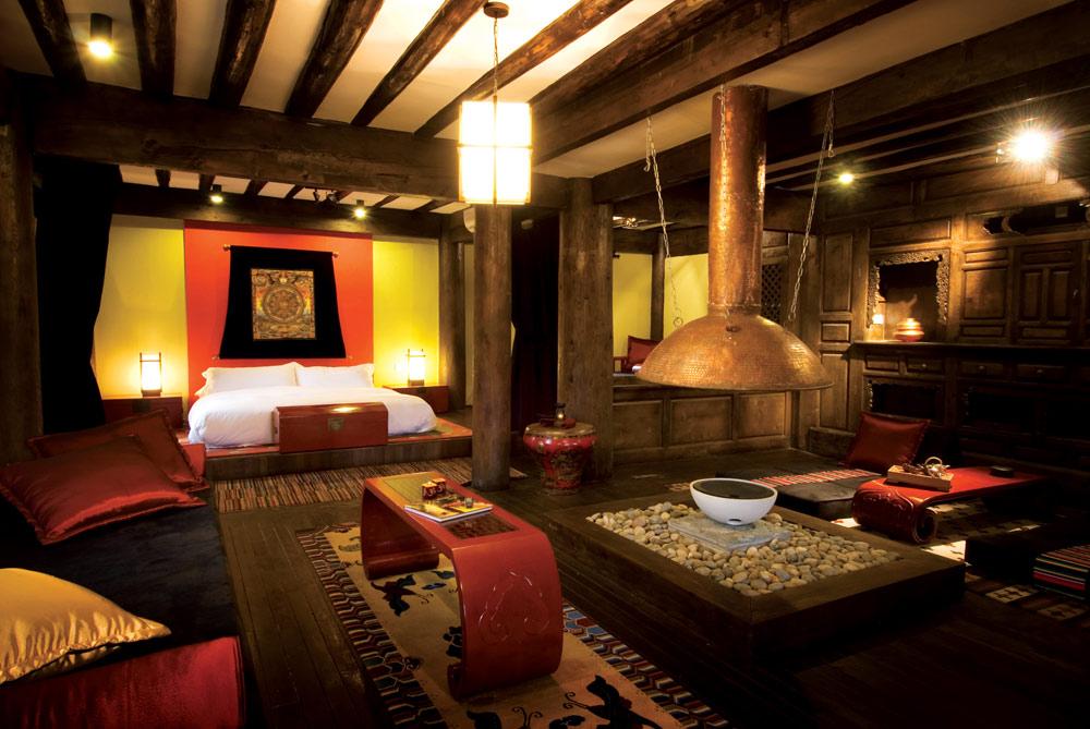 Tibetan Spa Suite Living Area at Banyan Tree Ringha