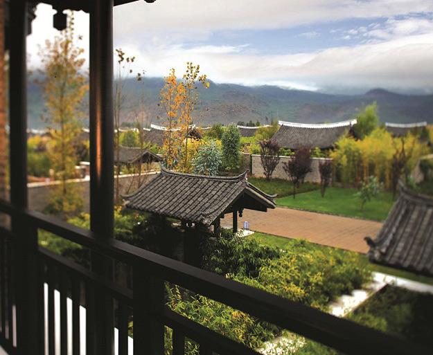 Banyan Tree Liajing Deluxe Duplex Spa Suite Balcony