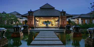 Pullman Khao Lak Beach and Spa Resort