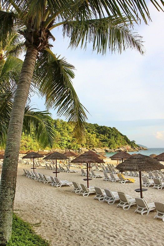 Le Meridien Phuket Beach Resort Beach Loungers