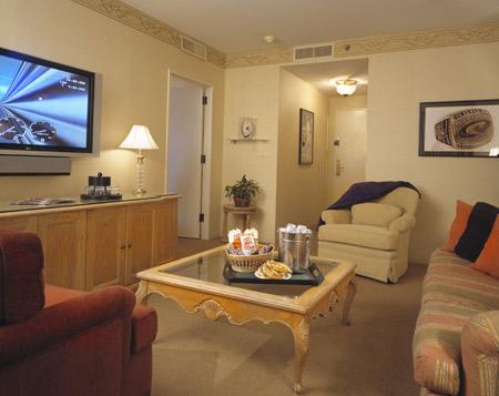 Villa Suite Parlor