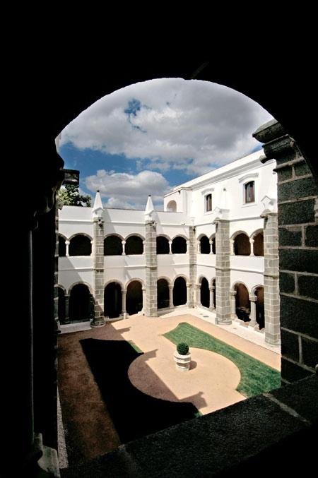 Convento do EspinheiroHeritage Hotel and Spa