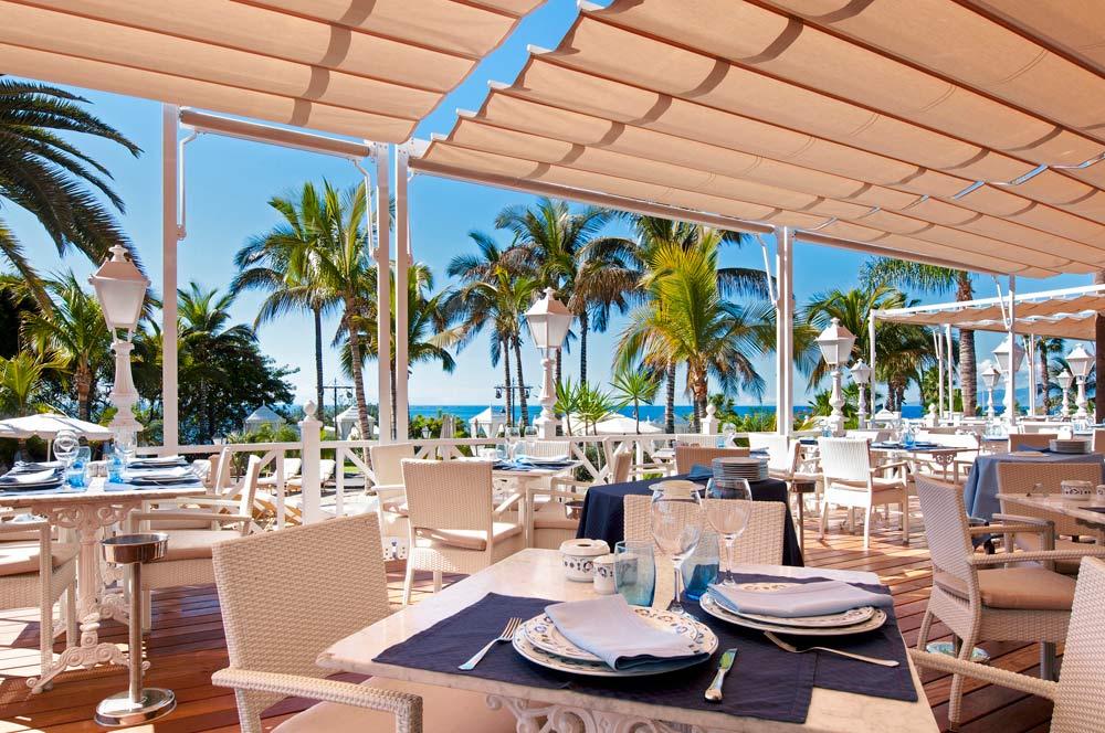Restaurant Beach Club at Gran Hotel Bahia Del Duque Resort